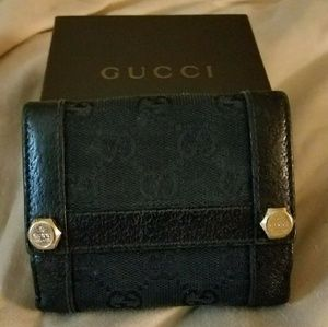 Gucci black wallet with box for ladies